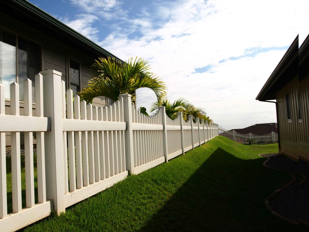 Best Vinyl Fence & Deck (Oahu)
