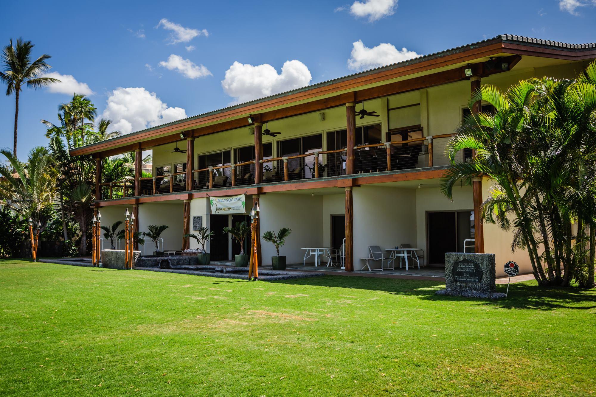 Aloha Aku Inn & Suites