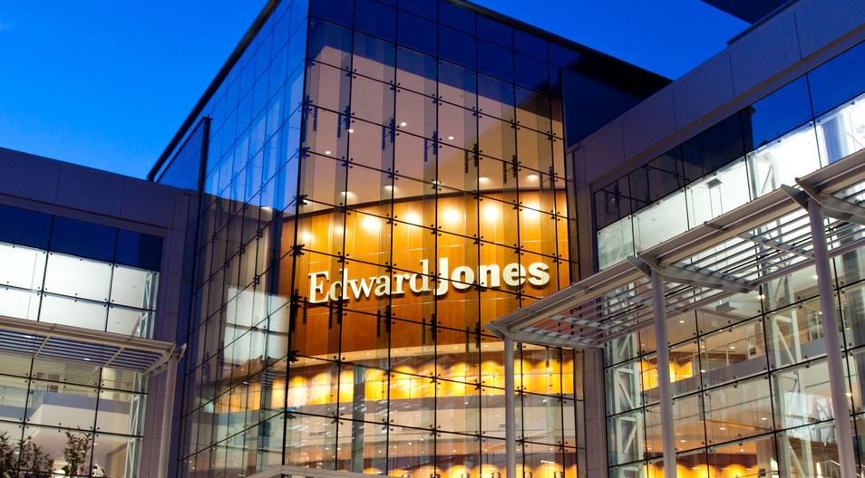 Edward Jones – Financial Advisor: Robin L Dame