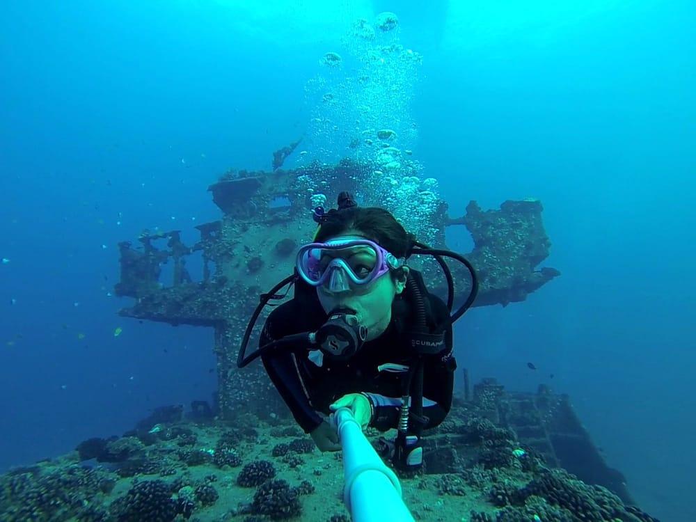 Hawaii Diving Adventures (Warehouse)